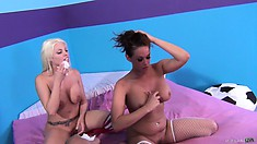 Tory Lane and Britney Amber take turns giving their lover pleasure