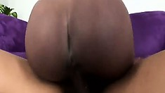 Jezabelle Sweet shakes her phat ass while riding on a big fat dick