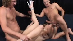 Nasty blonde whore Nikki Nievez feels cocks in her pussy and ass